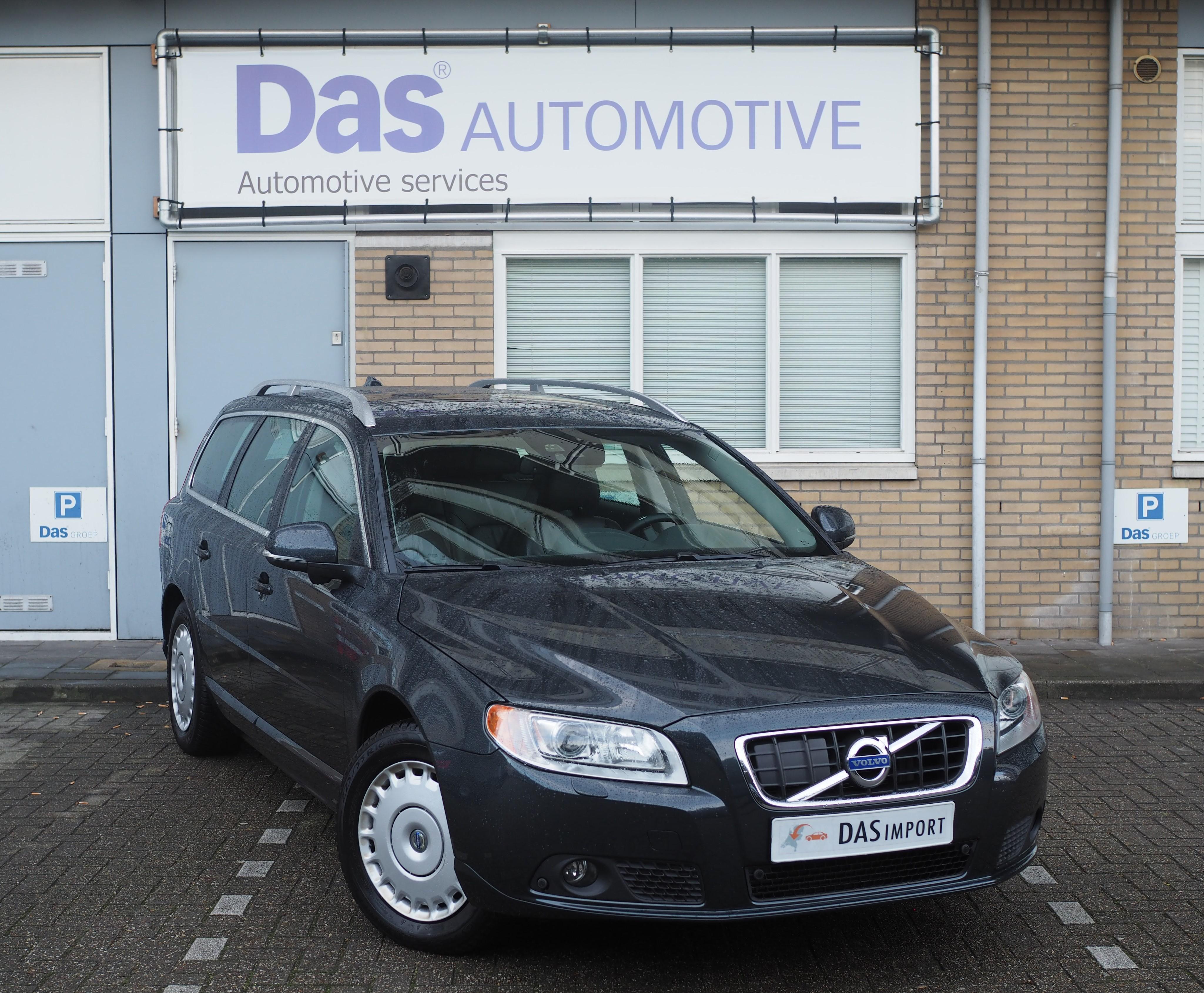 Importauto: Volvo V70 D5 Summum 1/2013