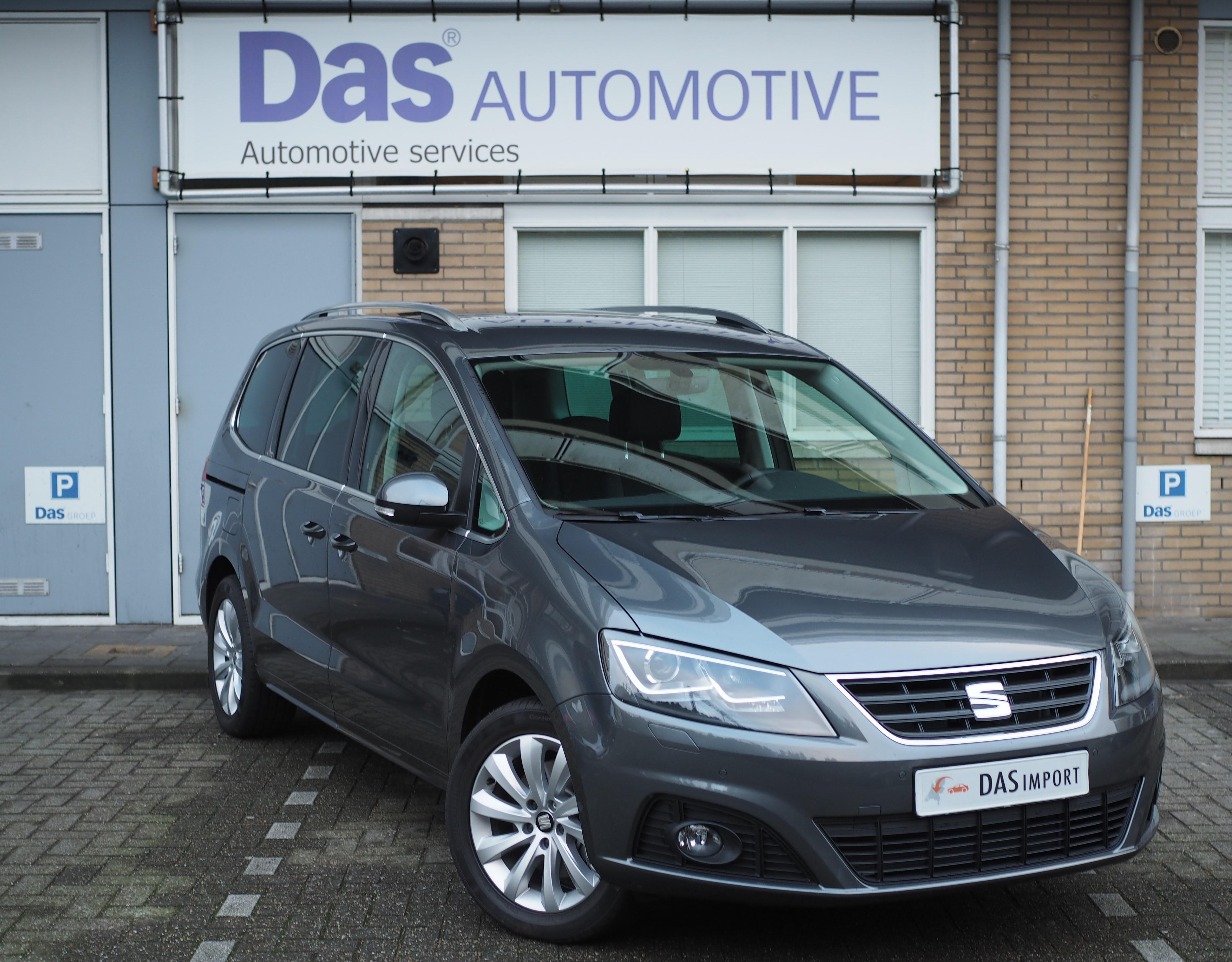 Importauto: Seat Alhambra 2.0 TDI 150pk Style Connect 2/2016