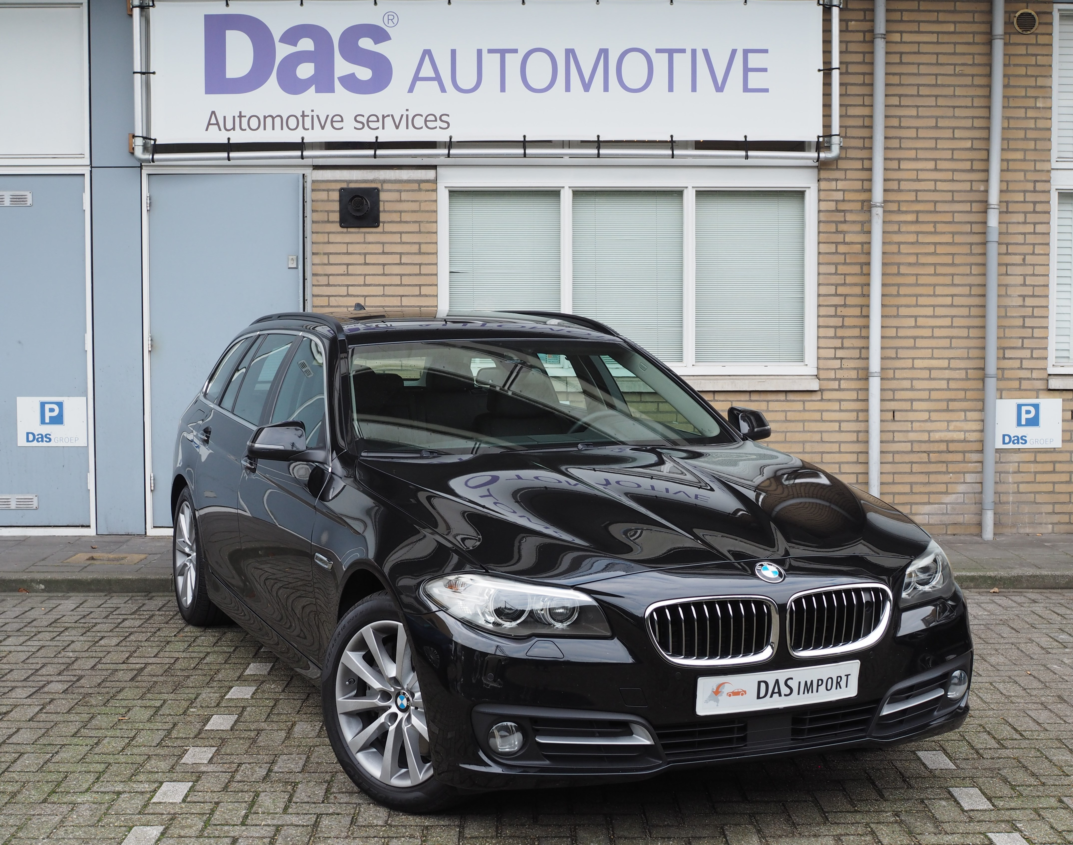 Importauto: BMW 5-serie 530d xDrive 10/2015
