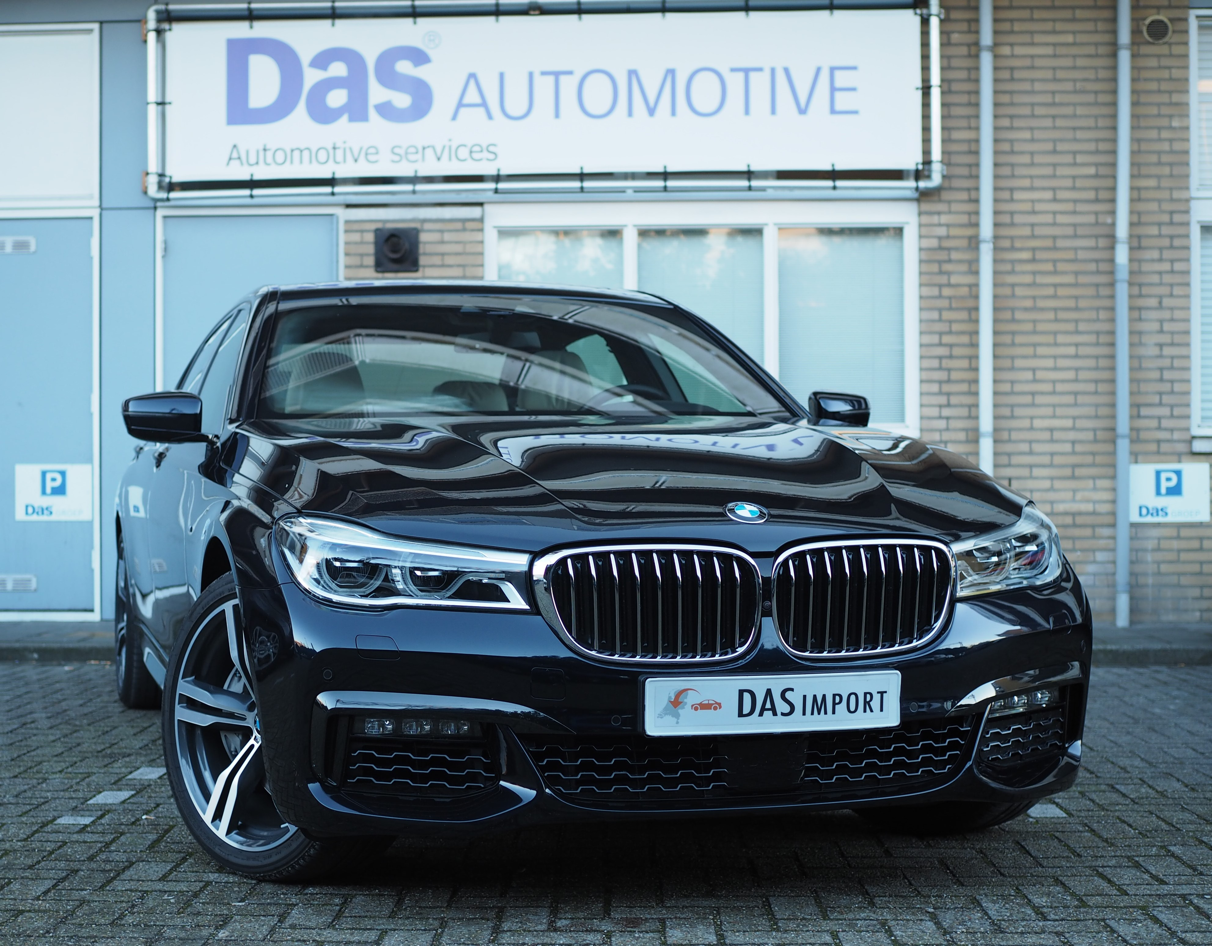 Importauto: BMW 7-serie 750Li xDrive 8/2015