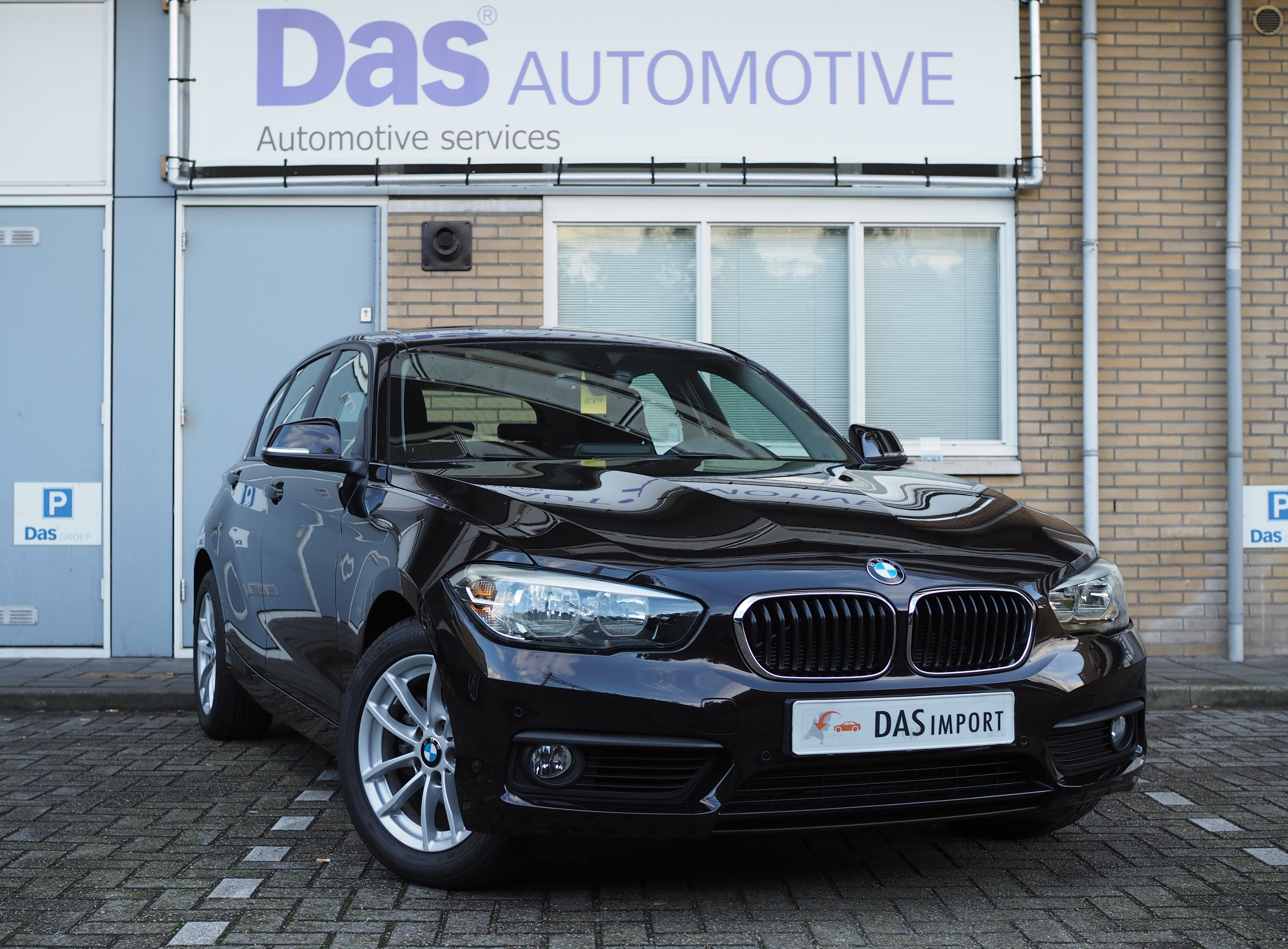 Importauto: BMW 1-serie 118i 5-deurs 9/2015