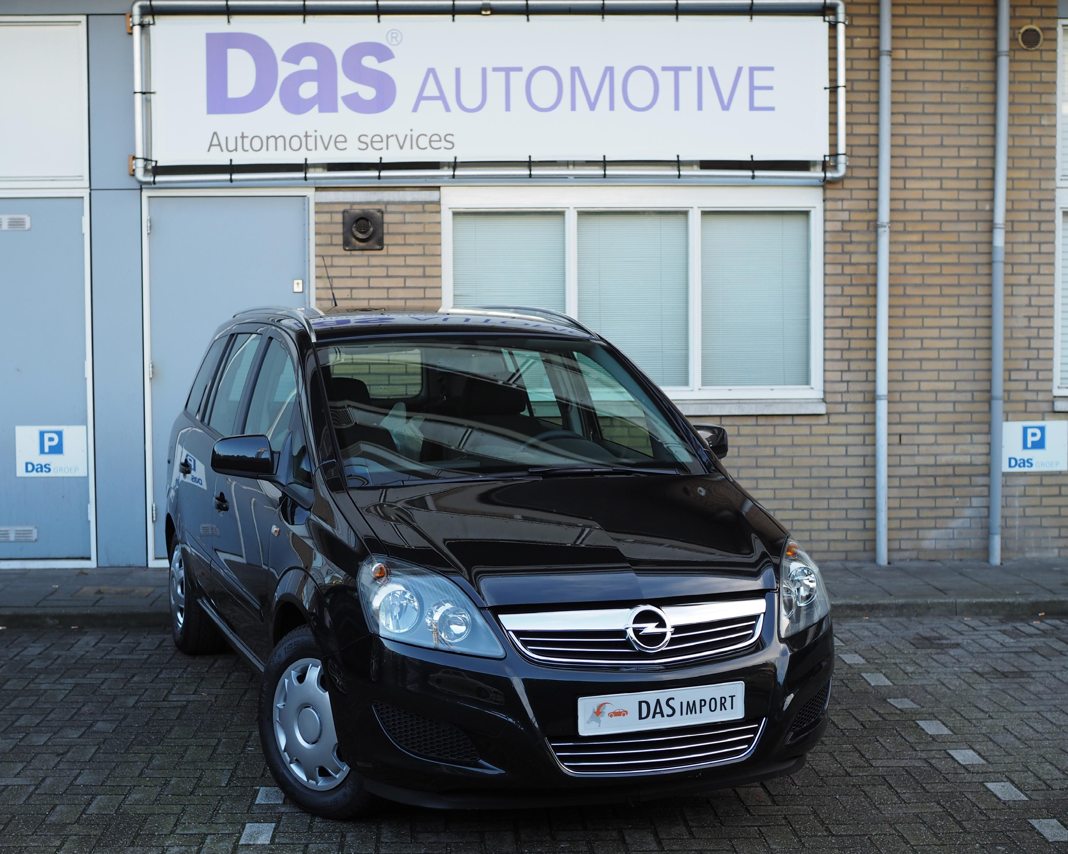Importauto: Opel Zafira 1.6 Turbo 170pk Cosmo 10/2013