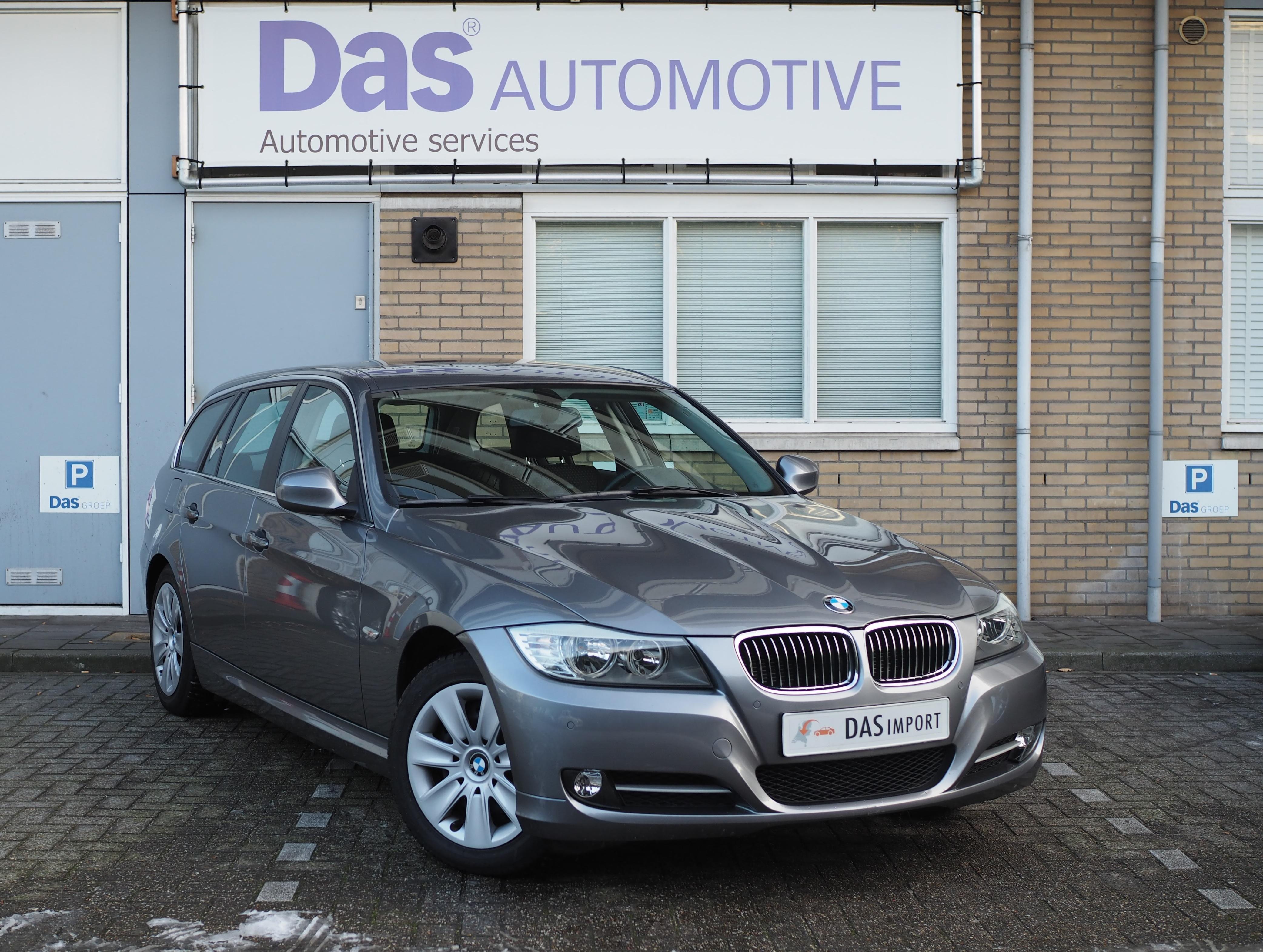 Importauto: BMW 3-serie 318i Touring  10/2010