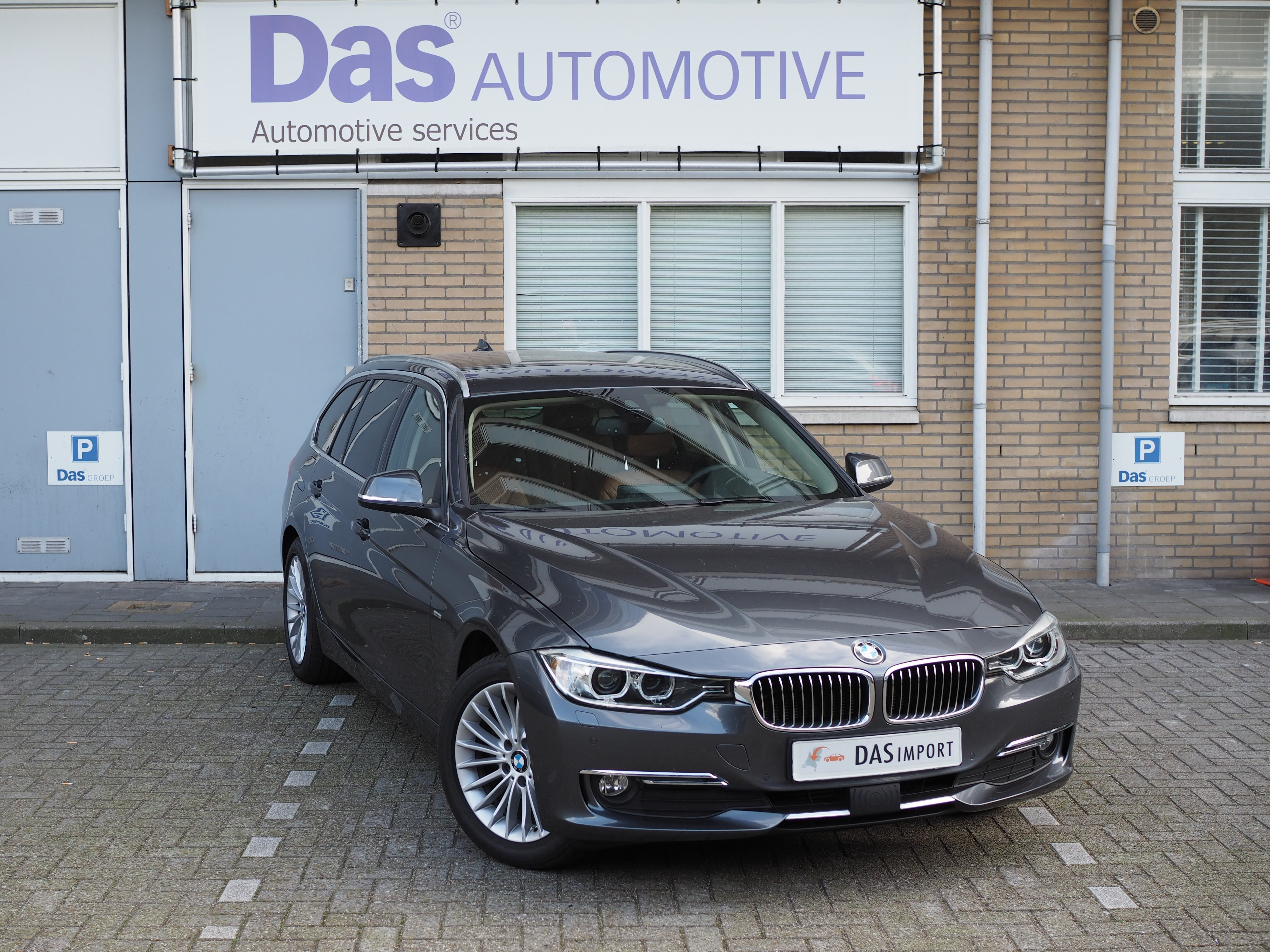 Importauto: BMW 3-serie 320d Touring 5/2013