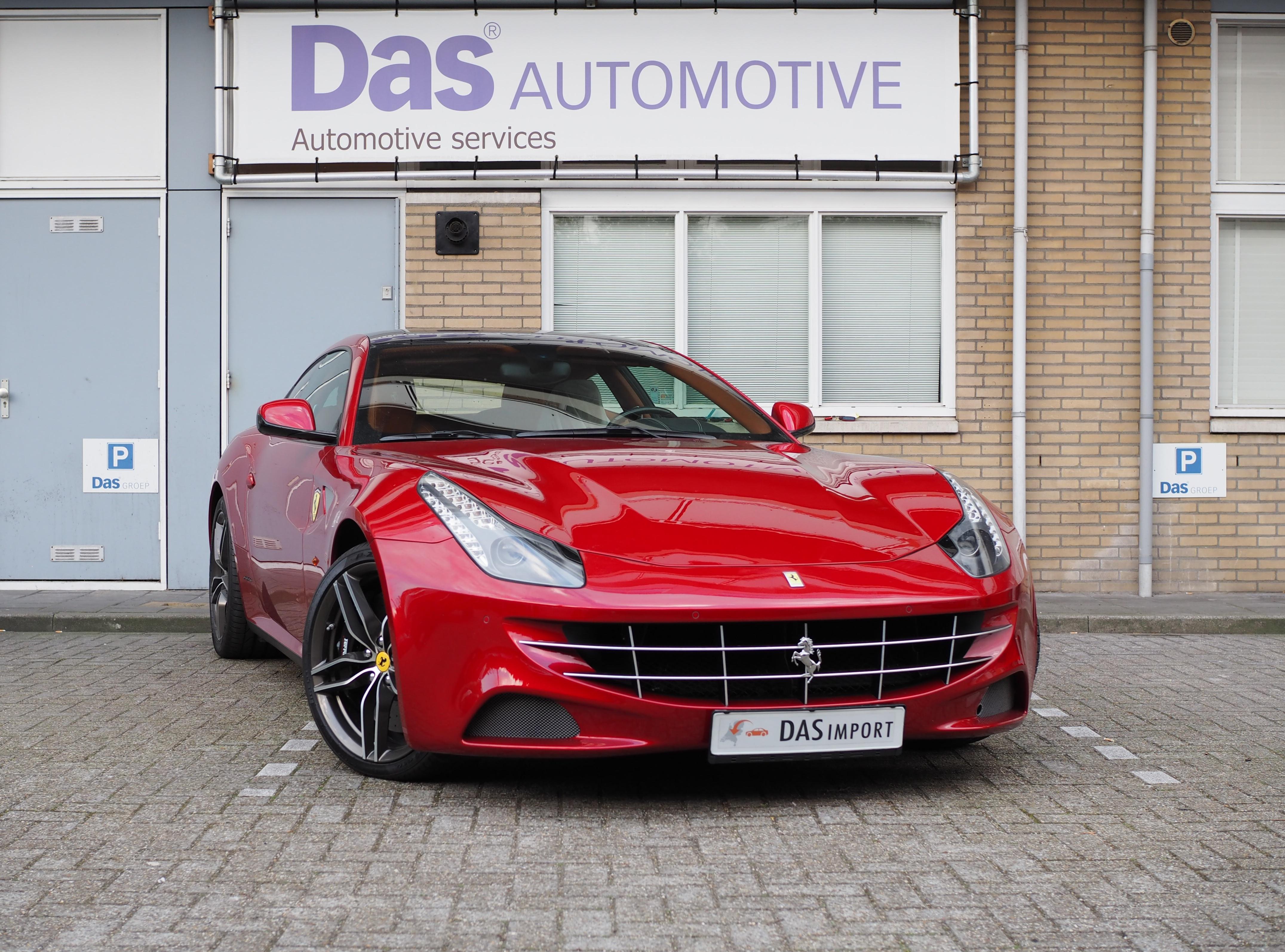 Importauto: Ferrari FF 6.3 V12 HELE 10/2014